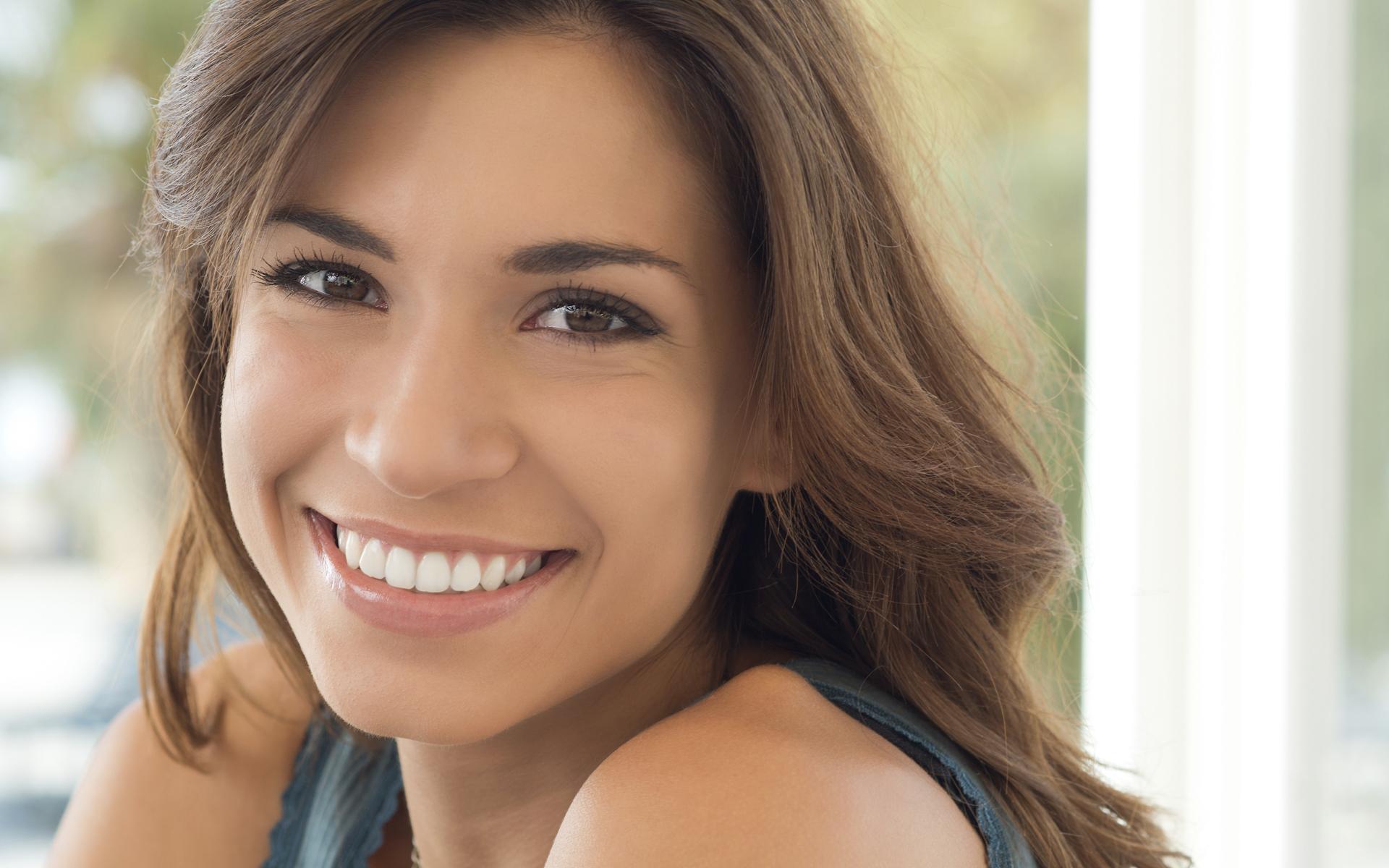 aesthetic dental zone