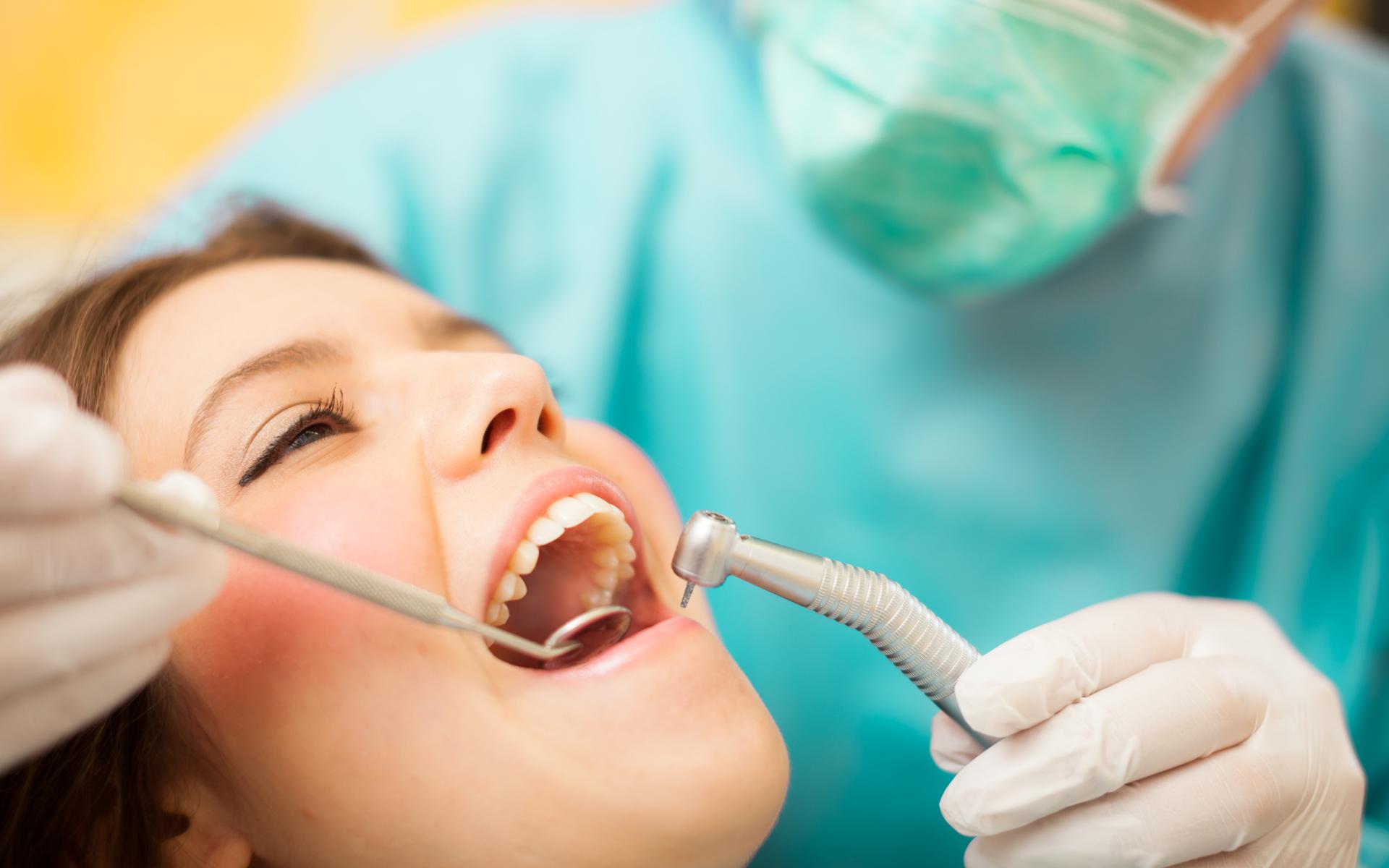 full-mouth Aesthetic Dental Zone
